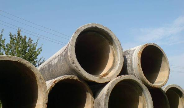 Железобетонная труба для канализации