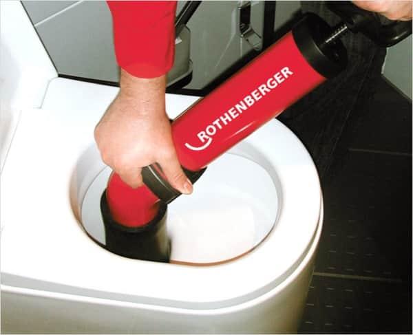 Профессиональная чистка унитаза