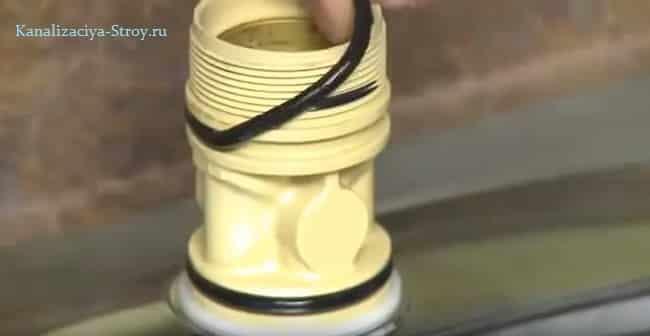 Шаг 10: снимаем уплотнительные кольца в смесителе