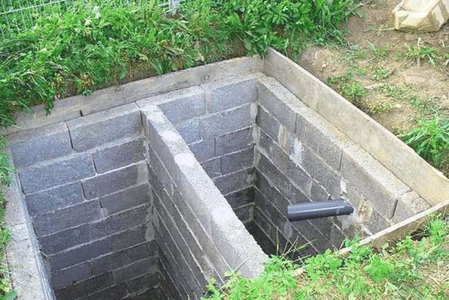 Выгребная яма с двумя отсеками