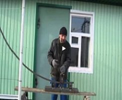 Видео: как согнуть профильную трубу в домашних условиях для теплицы