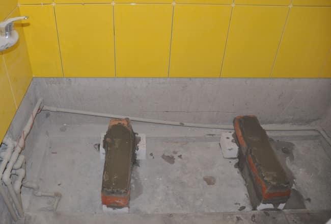 Параллельная схема укладки кирпичей для ванной