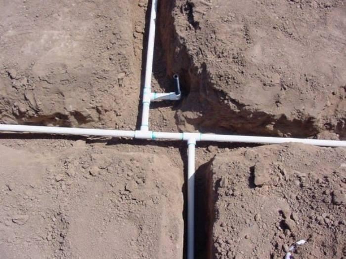 выбираем трубы для летнего водопровода