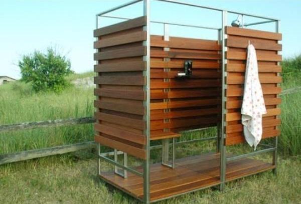 летний душ с подогревом на даче