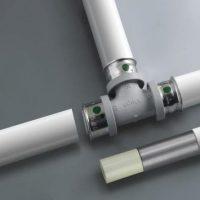 Соединение стальных и полимерных труб без сварки при монтаже или ремонте водопровода